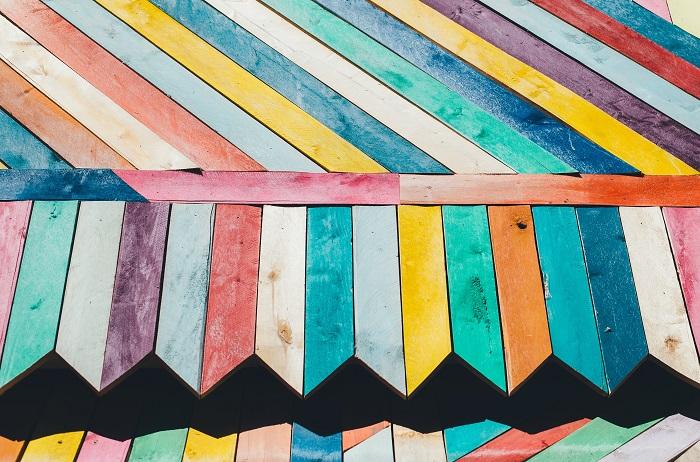 Farba na drevo a jej dostupnosť